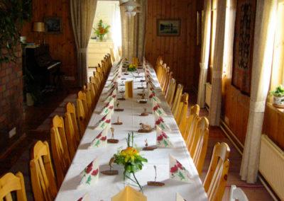 päärakennuksen-sali / Mainbuilding dining room