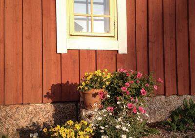 Aitta-majoitus / room in aitta (barn)